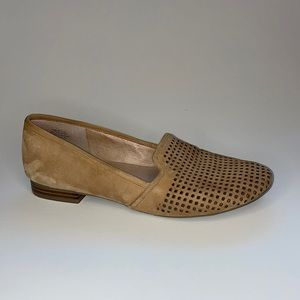 Crown Vintage Penelope Leather Loafers, Size 10